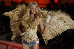 Model Lindsay Ellingson walks on stage d